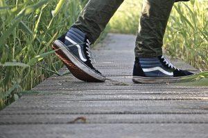 Prechádzka pri rybníku